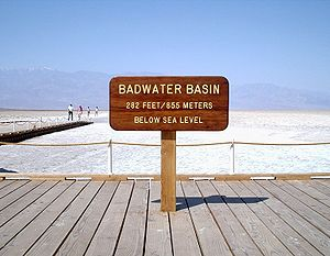 300px-badwater_elevation_sign