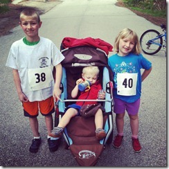 kids-and-minimalist-running-shoes-great-running-times-feature-21
