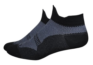 Running Socks Review: Injinji and DeFeet