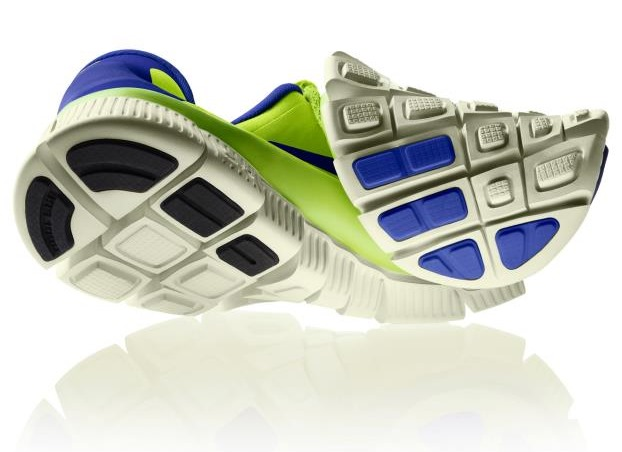 nike free 5.0 with or without socks