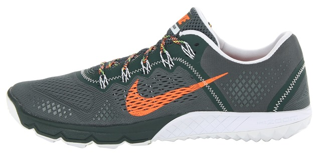 Nike Terra Kiger side