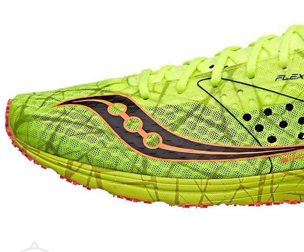 saucony marathon running shoes