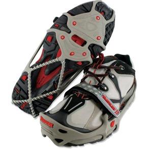 YakTrax-Run-Cleats-560x560