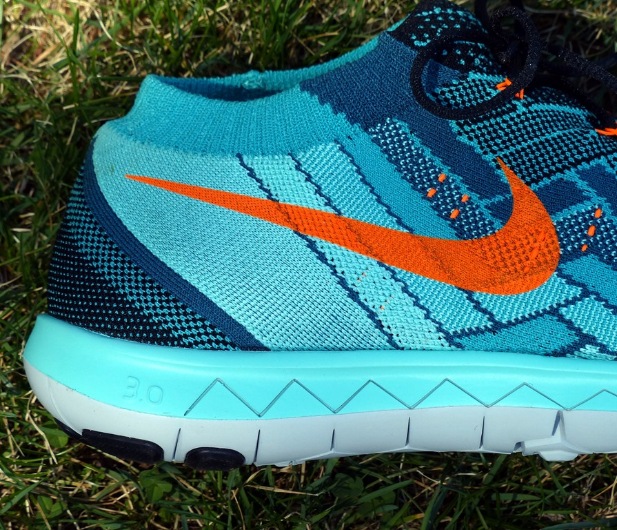nike free 3 0 drop heel toe walk