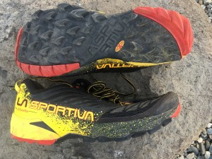 Protective Trail Shoe Review Roundup 2016: Montrail Trans Alps, La Sportiva Akasha, Saucony Xodus ISO, Altra Lone Peak 3.0, Pearl Izumi Trail N3, The North Face Ultra Endurance