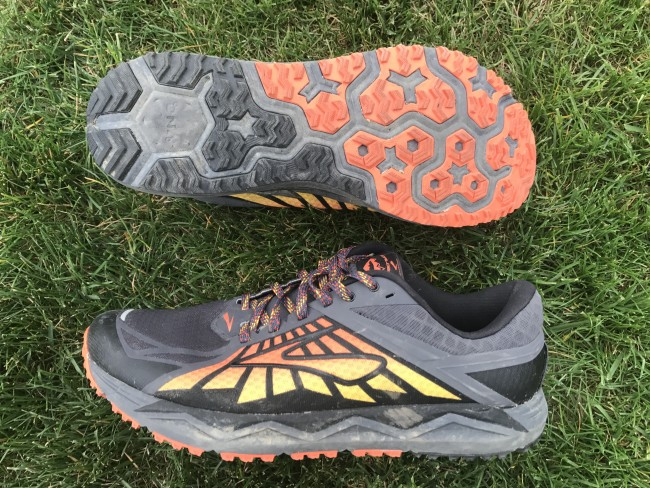 Such a cool design on the Caldera (bonus points for that!). Great all around shoe and perfect Pearl Izumi replacement if you are looking for one with PI now out of the running business.